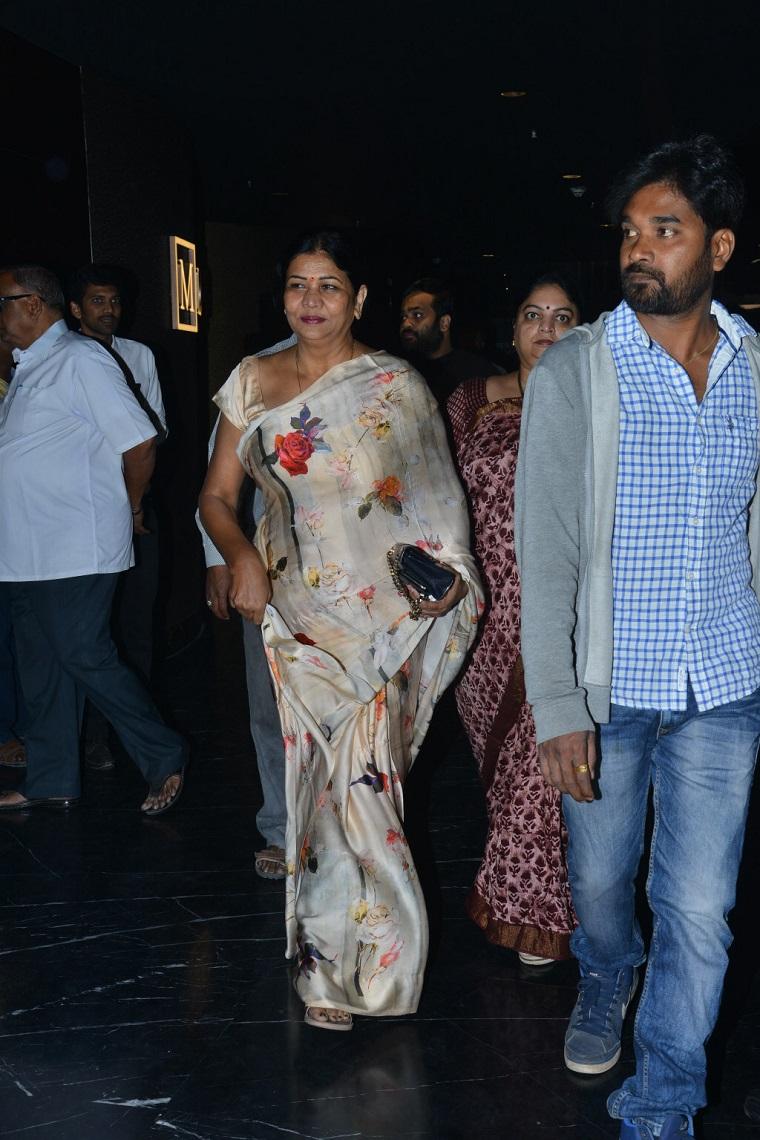Nandamuri Family At Special Screening of NTR Kathanayakudu (12)