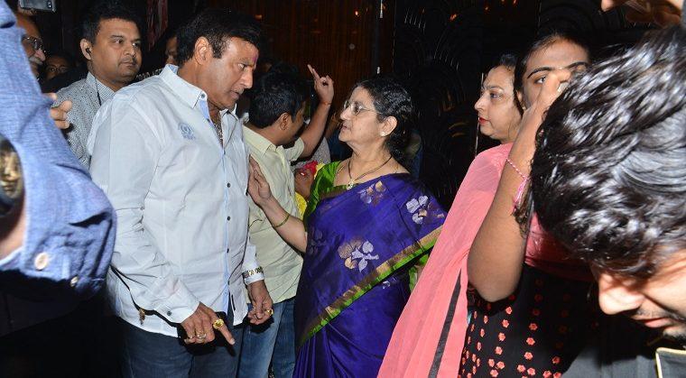 Nandamuri Family At Special Screening of NTR Kathanayakudu (18)