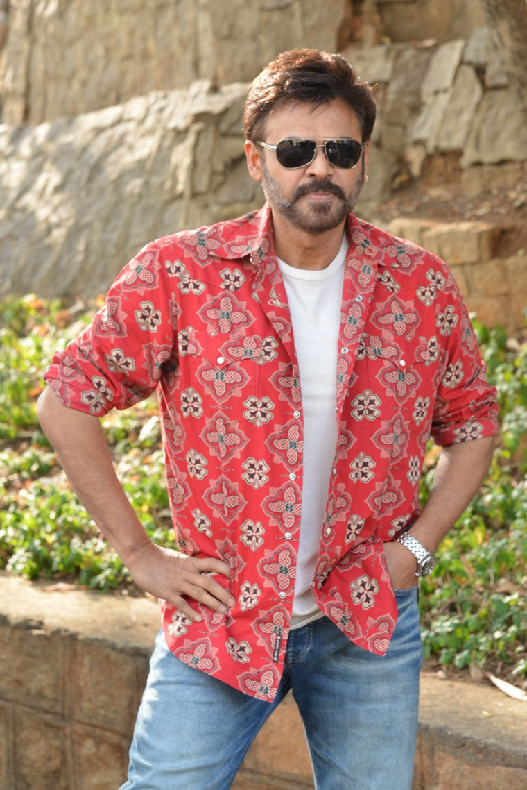 Venkatesh F2 Promotional Interview Stils (1)
