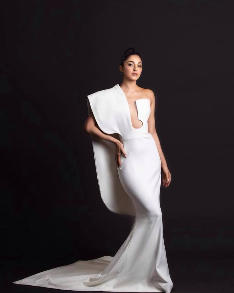 Kiara Advani Angelic in White, kiara advani photo shoot, kiara advani hot, vinaya vidheya rama, kabir singh,