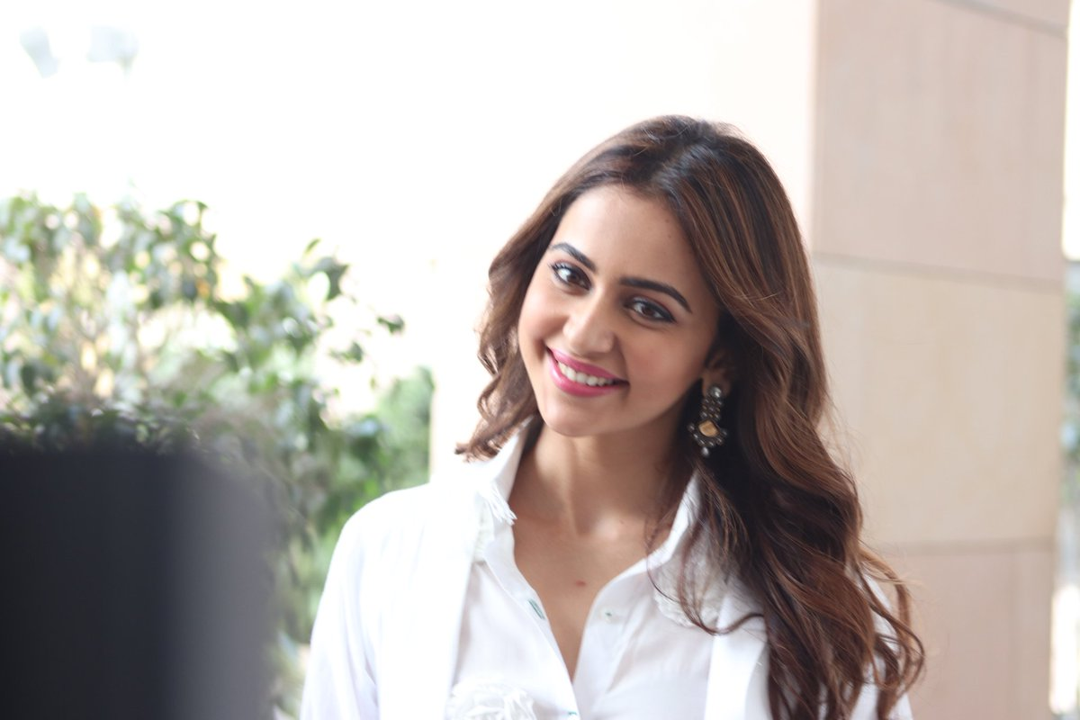 rakul preet singh at dev pre release event 3